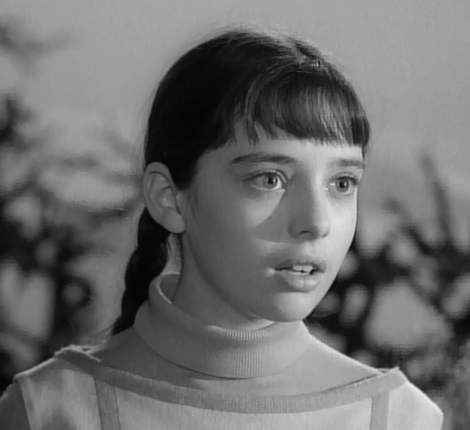 angela cartwright photo gallery 05 pictures