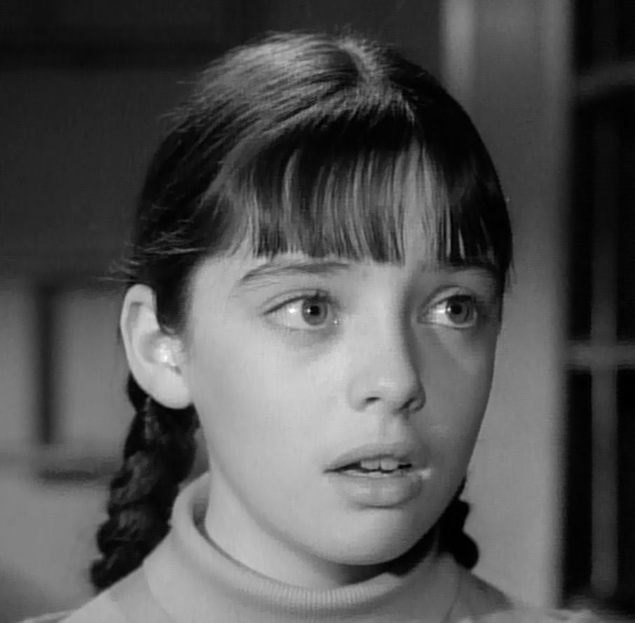 Angela Cartwright Pics http://imagesbee.com/angela-cartwright/view/angela-cartwright-633-10-24-11-jpg/