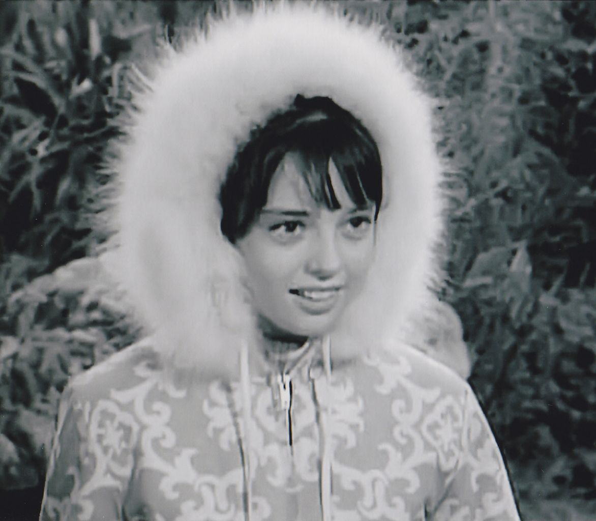Angela Cartwright Pics http://www.uncleodiescollectibles.com/html_lib/angela-cartwright/00013.html