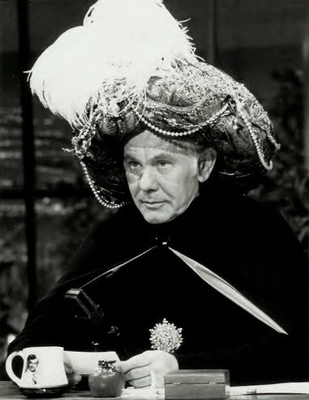 Johnny Carson Death Photos http://www.uncleodiescollectibles.com/html_lib/misc/00021.html