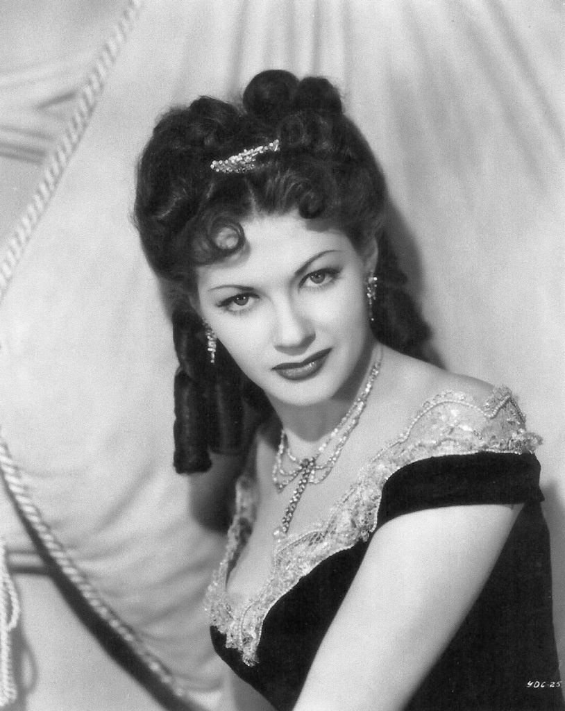 IN MEMORY OF ACTRESS - YVONNE DECARLO #01